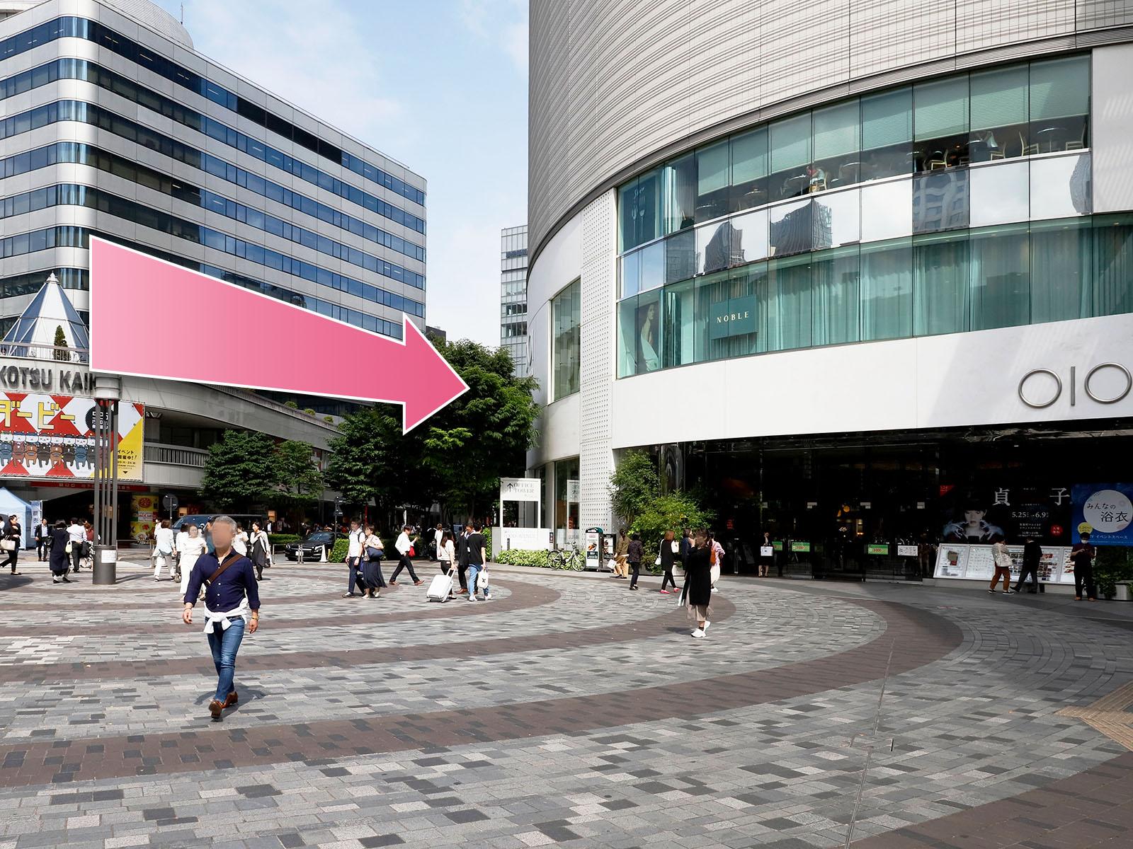 東京中央美容外科銀座二丁目院JRルート02