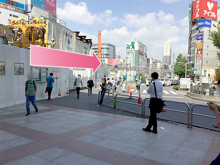東京中央美容外科新宿院 本院JRルート02