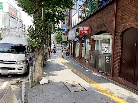 東京中央美容外科新宿東口院 JRルート04