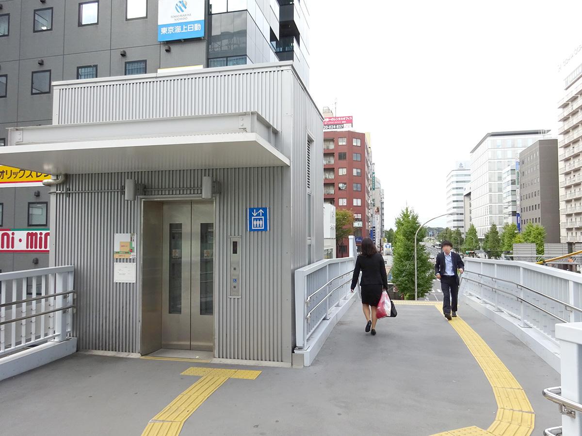 新横浜美容外科血管外科クリニック JRルート06